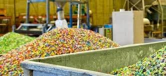 Recyklace plastů z pohledu chemické legislativy